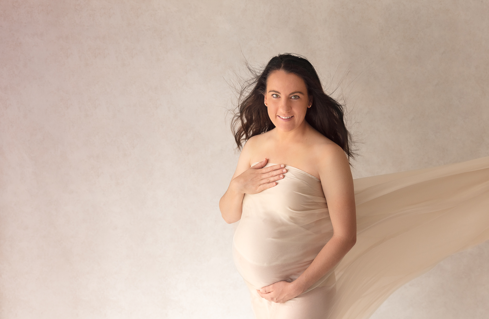maternity-woman-pregnant-beautiful-jcimagery-photo-silk