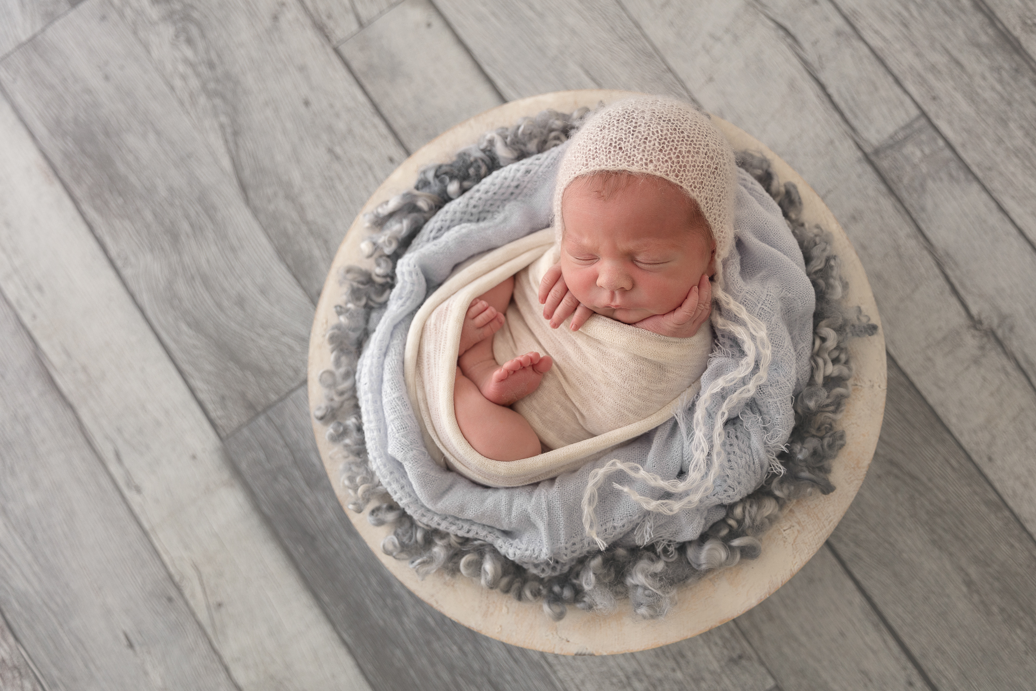 baby-boy-blue-prop-photographer-adelaide-photography