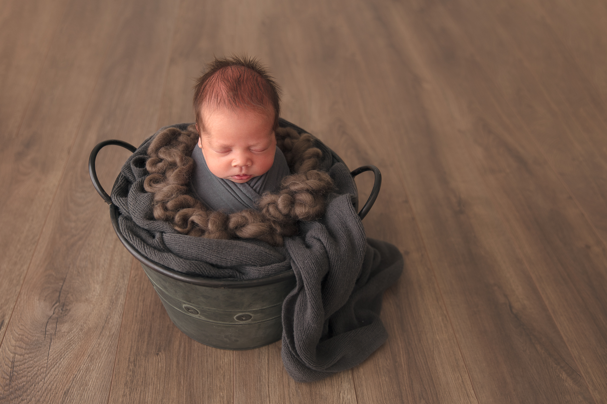 baby-boy-bucket-pose-photography-adelaide-newborn