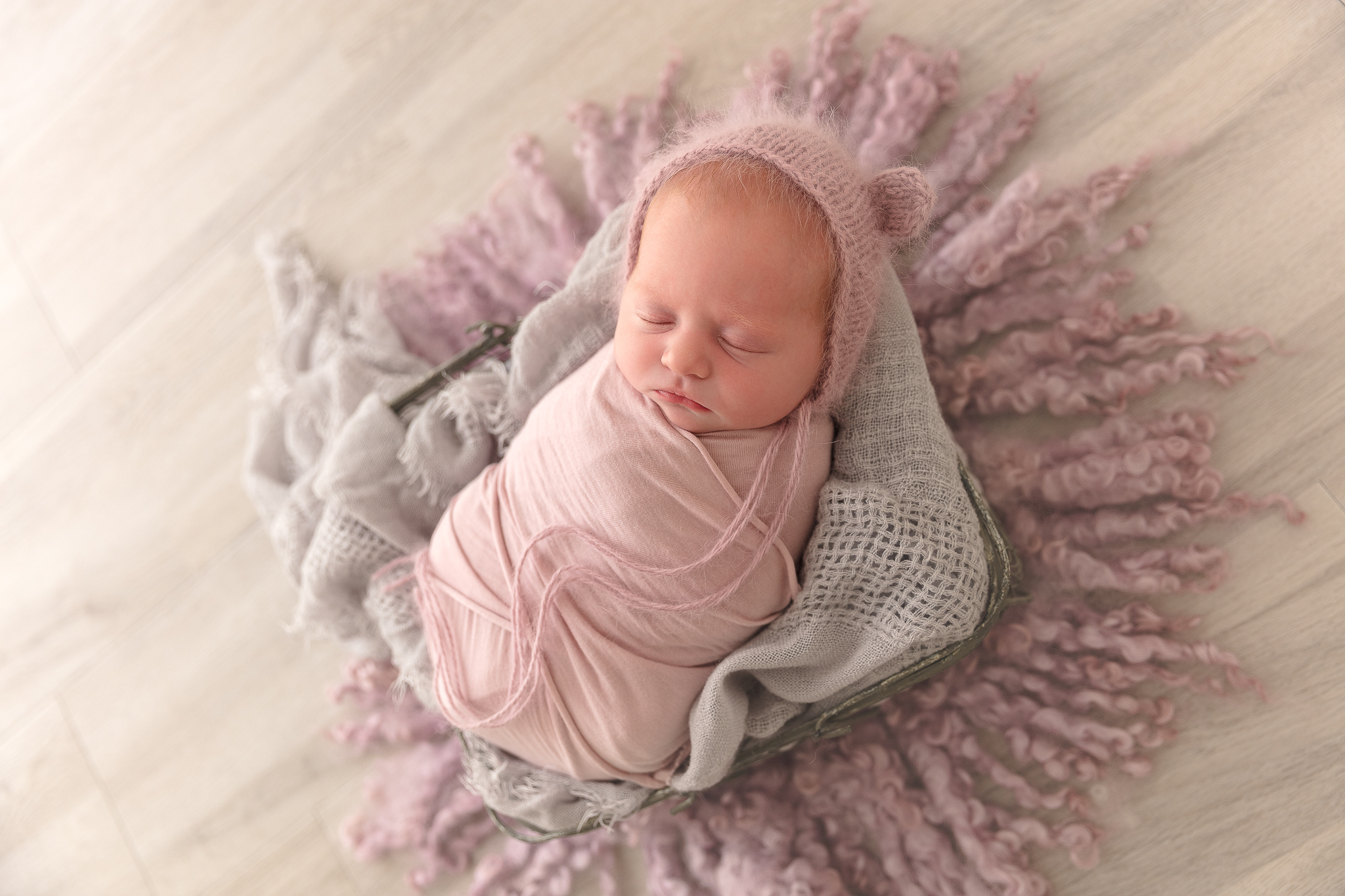 baby-newborn-bear-adelaide-bonnet-photographer