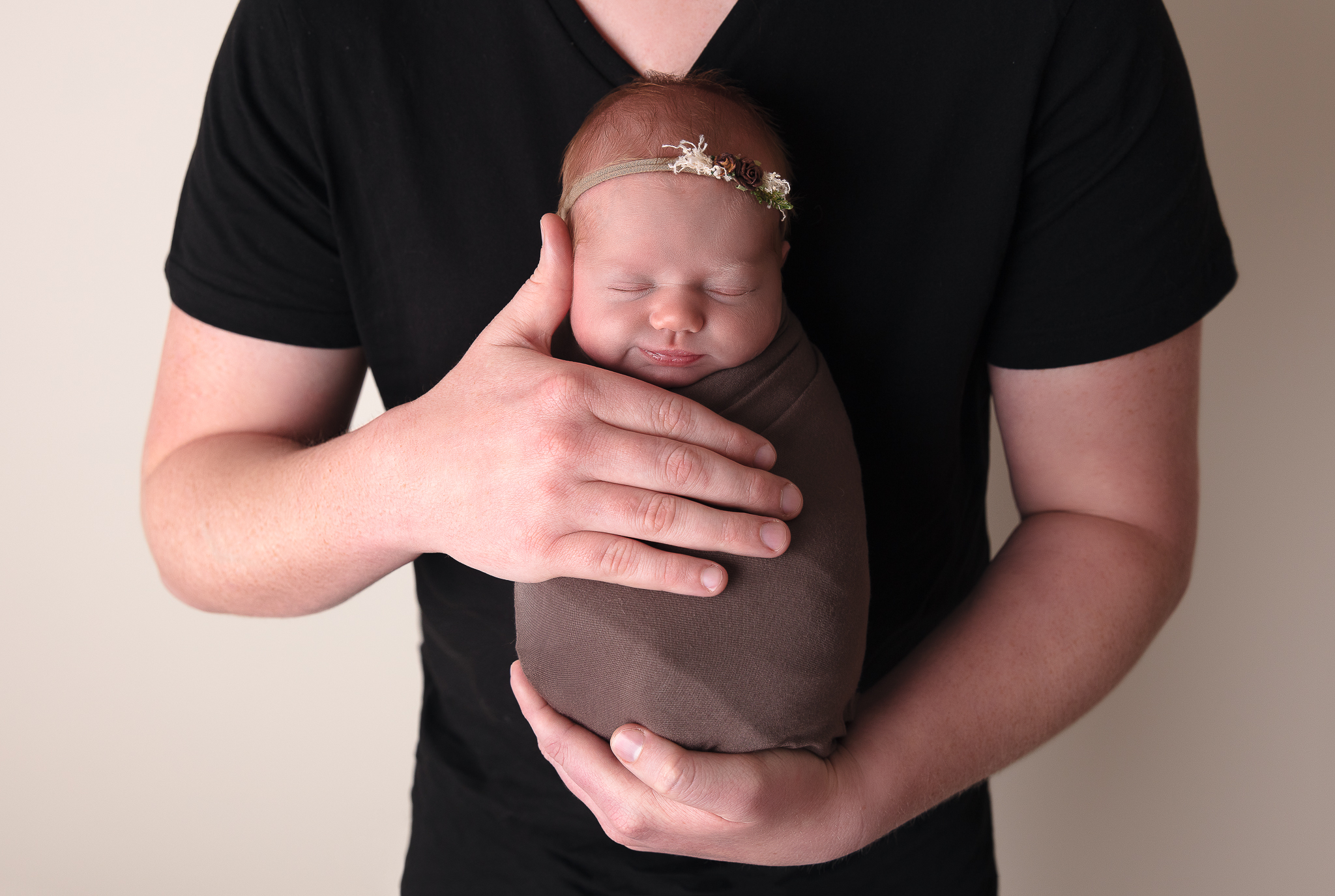 family-photography-adelaide-newborn-father-cute
